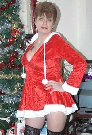 Moms Christmas Porn Pictures