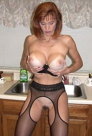 Fake Tits Moms Porn Pictures
